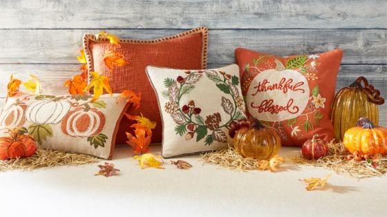 170824-pillows-cushions-lp